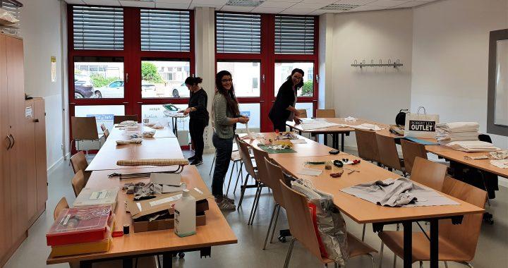 Haus Vielinbusch - Gemeinsam mit der Verbraucherzentrale bereiten wir die Behelfsmasken vor