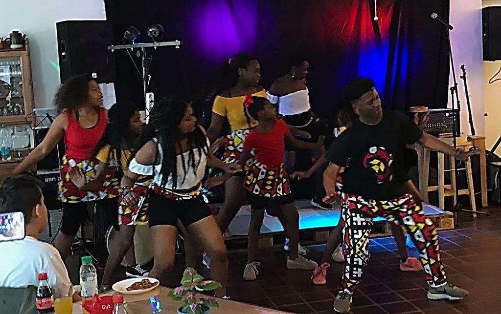 Imbo Dancers im Haus Vielinbusch